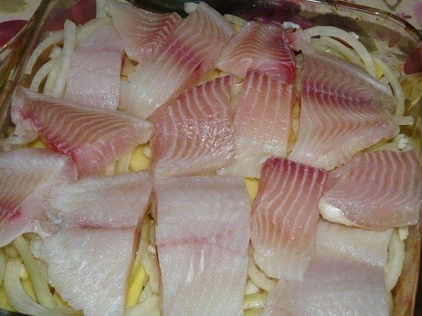 выкладка рыбного филе