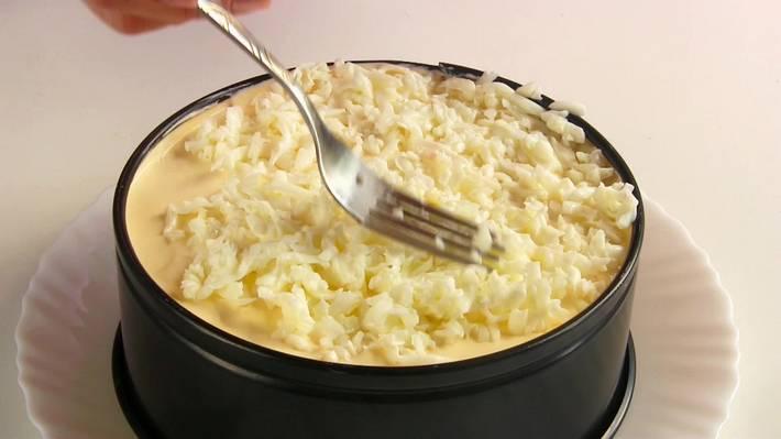Селедка под шубой с яйцом – пошаговый, классический рецепт с фото
