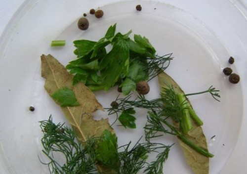 Как засолить горбушу в домашних условиях - вкусно и быстро под семгу (пошаговые рецепты с фото)