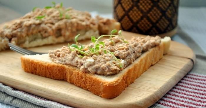 Бутерброды с печенью трески: рецепты простые и вкусные
