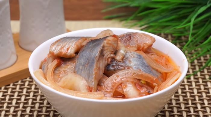 Маринованная селёдка по-корейски