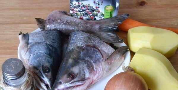 почистить рыбу