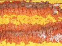 филе красной рыбы нарезанное кусочками