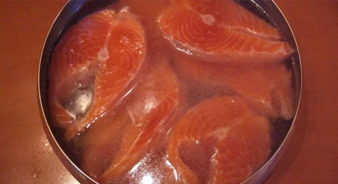 красная рыба в рассоле