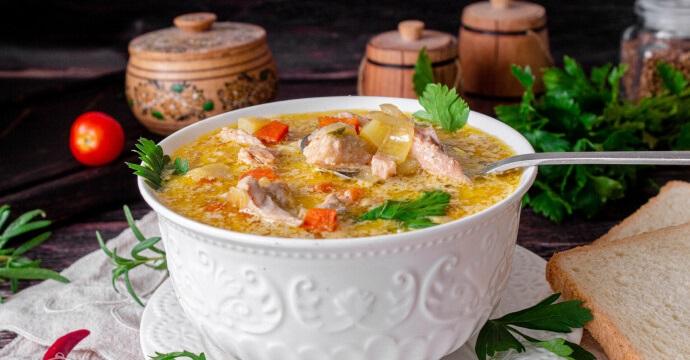 Суп из пангасиуса с пшеничной крупой