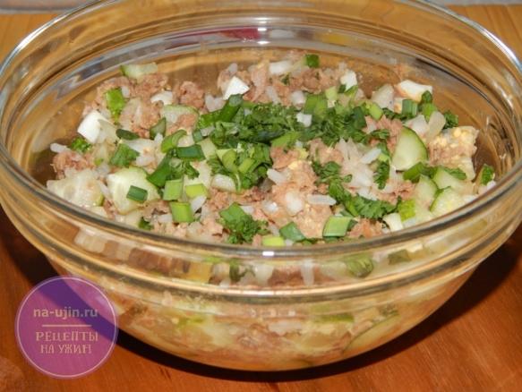 Рецепт салата с консервированным тунцом и рисом 7