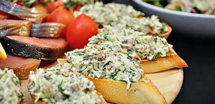 Бутерброды с тунцом консервированным рецепт
