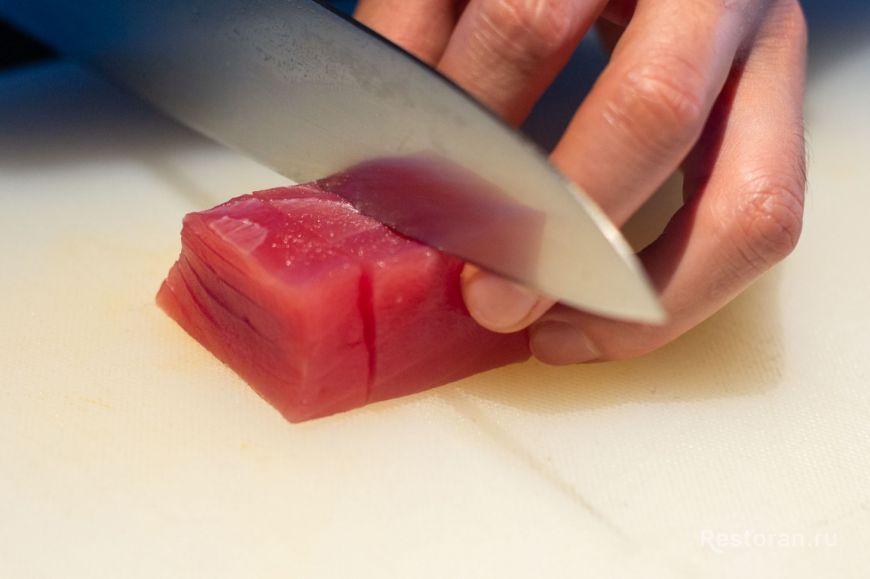 Ресторан Oriental Cocktail Bar мастер-класс от шеф-повара рецепт от шеф-повара севиче блюдо из рыбы тунец