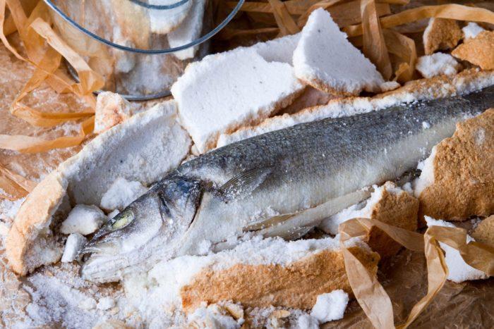 Сибас в соли