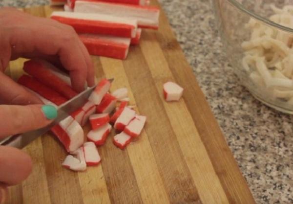 Подготавливаем все необходимое для готовки и приступаем к нарезке 2