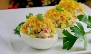 Закуска в яйцах