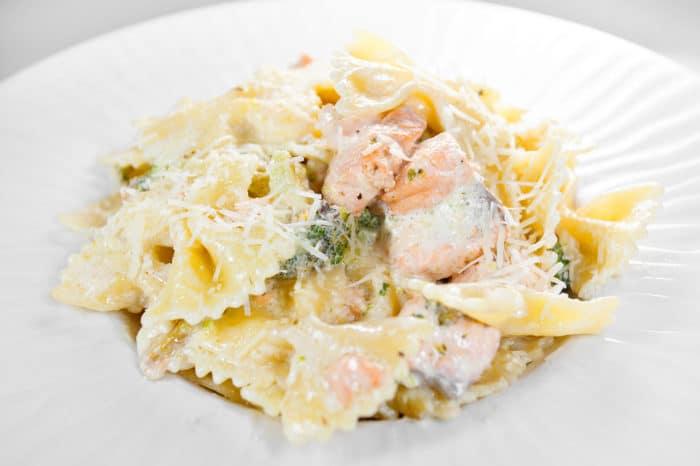 Рецепт с подкопченным лососем