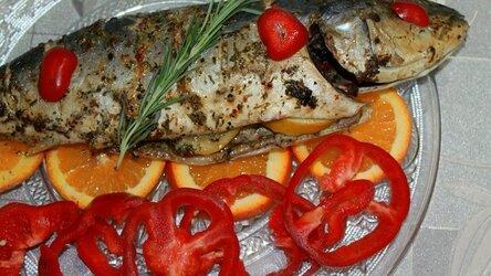Рыба лакедра (желтохвост) запеченная в духовке с лимоном