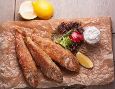 Рецепт Барабулька, запеченная с грибами под сырной корочкой